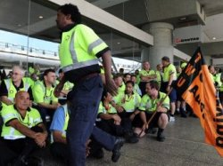 Авиакомпания Qantas отменила все рейсы из-за забастовки
