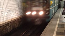 В Московском метро поезд сбил мужчину в тоннеле